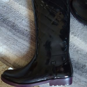 TOMMY HILFIGER tall rain rubber sole boots size 9